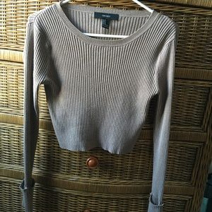 Cropped long sleeve sweater top